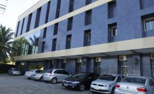 novo-prédio-da-amub-comus08-650x400