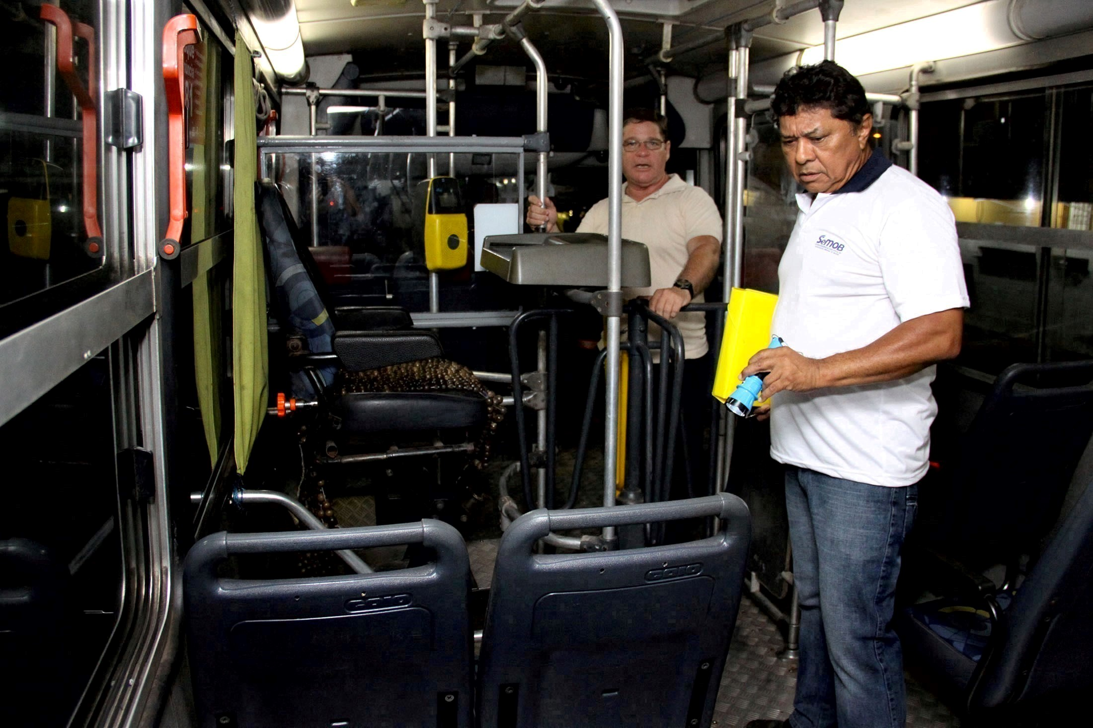 Garagem da empresa Monte Cristo recebe Operação Corujão ...
