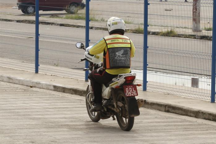 Semob receberá recursos ao processo de licitação do serviço de mototáxi até o dia 21
