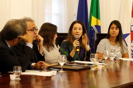 2018.05.15 - PA - Belém - Brasil: Prefeito Zenaldo Coutinho preside audiência pública sobre a Construção de Passarelas Sobre Vias Públicas. Roberta Menezes e Tatiana Borges.