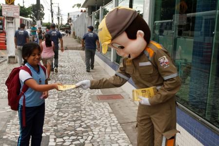 2018.05.09 - PA - Belém - Brasil: Semob realiza Campanha Maio Amarelo na Escola Zarife Sales no bairro do Guamá.