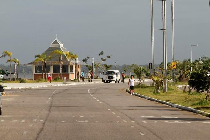 2014.07.23 - PA - Belém - Brasil: Prefeitura municipal de Belém inicia Ação Cuida Belém no Portal da Amazônia.